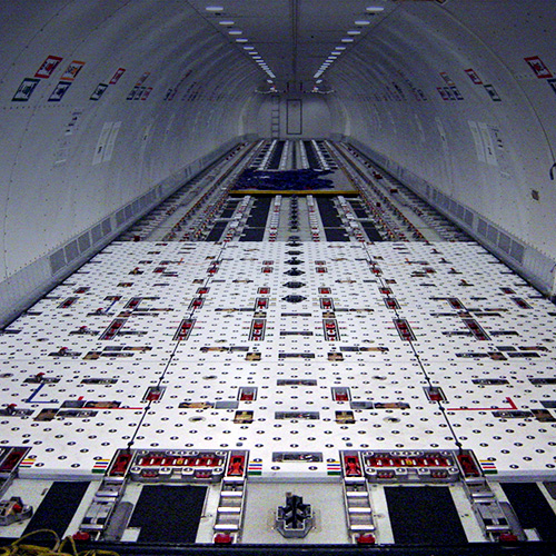 Boeing 747 with cargo loading system | TELAIR